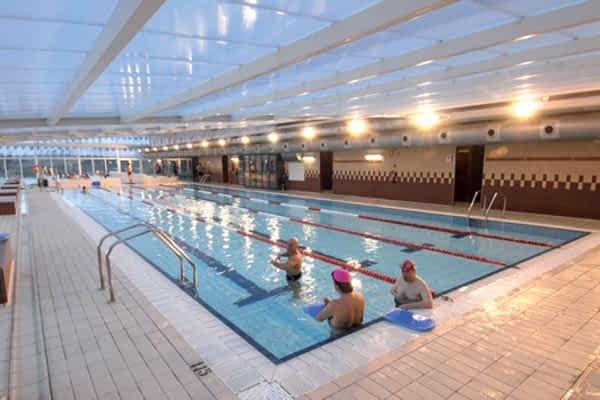 La Asociación de Fibromialgia y de la Fatiga Crónica  organiza un maratón de natación en Ardantze