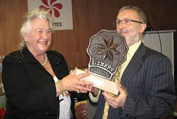 Arantzazu Amezaga recogió el XVI Premio Manuel Irujo