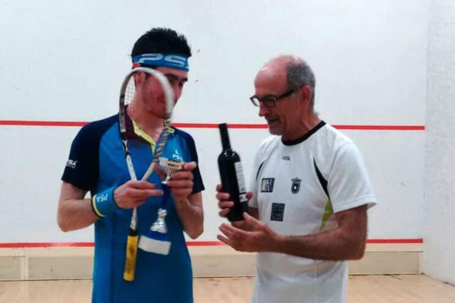 Jokin Esparza, ganador del último torneo de squash