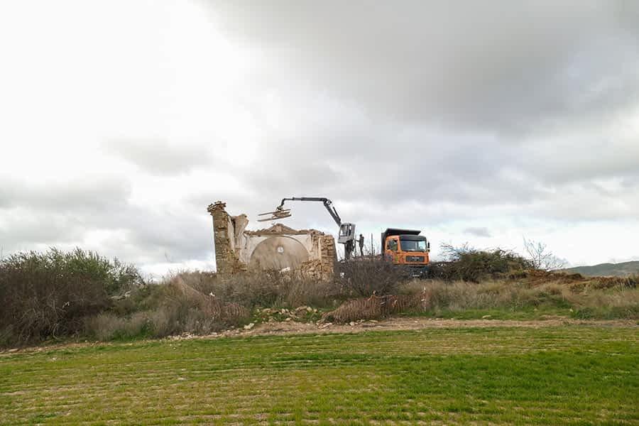 Derribada por peligro la ermita de Santa María de las Viñas de Arróniz