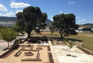 Villatuerta convierte el cementerio viejo en un 'jardín del recuerdo'