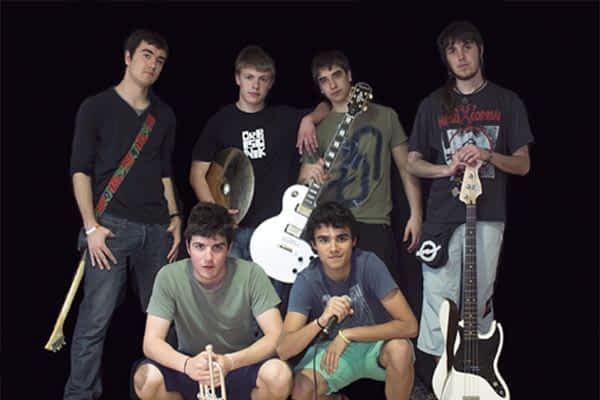 El grupo 'Irrikan' presentará su primer disco, 'Bada garaia', en las txoznas