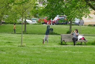 La alegría vuelve a las calles, plazas y zonas verdes de las localidades