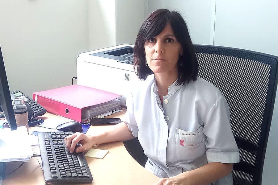 """Virginia Gárriz Martínez, enfermera y jefa de la Unidad de Enfermería de Urgencias y UCI – """"Es destacable que profesionales de diferentes servicios hayan trabajado juntos"""""""