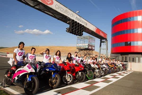 Veinticinco mujeres participaron en el I Campus de Velocidad del Circuito de Navarra