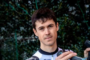 """Sergio Araiz - """"Para entrenar desde casa uso un rodillo inteligente"""""""