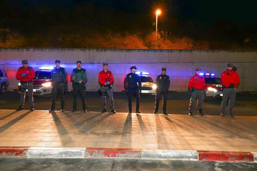 Los cuerpos de policía velan por el cumplimiento del estado de alarma