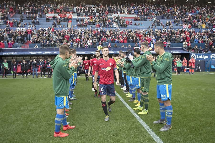 El estellés Oier Sanjurjo, capitán de Osasuna, celebró el ascenso a Primera