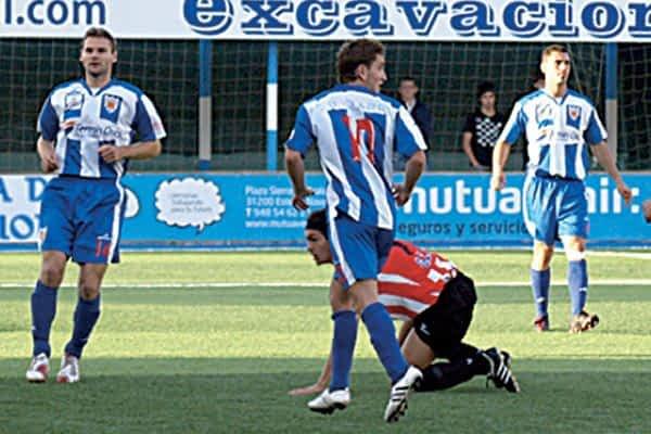 C.D. Izarra ganó 2-0 al Guijuelo