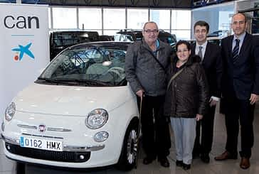 José Antonio Ocio ha sido el afortunado en el sorteo de un coche que realizó La Caixa