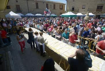 Multitudinaria fiesta del espárrago en Dicastillo