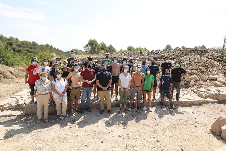 Trabajos de voluntariado en las excavaciones del Monasterio de Bargota de Mañeru