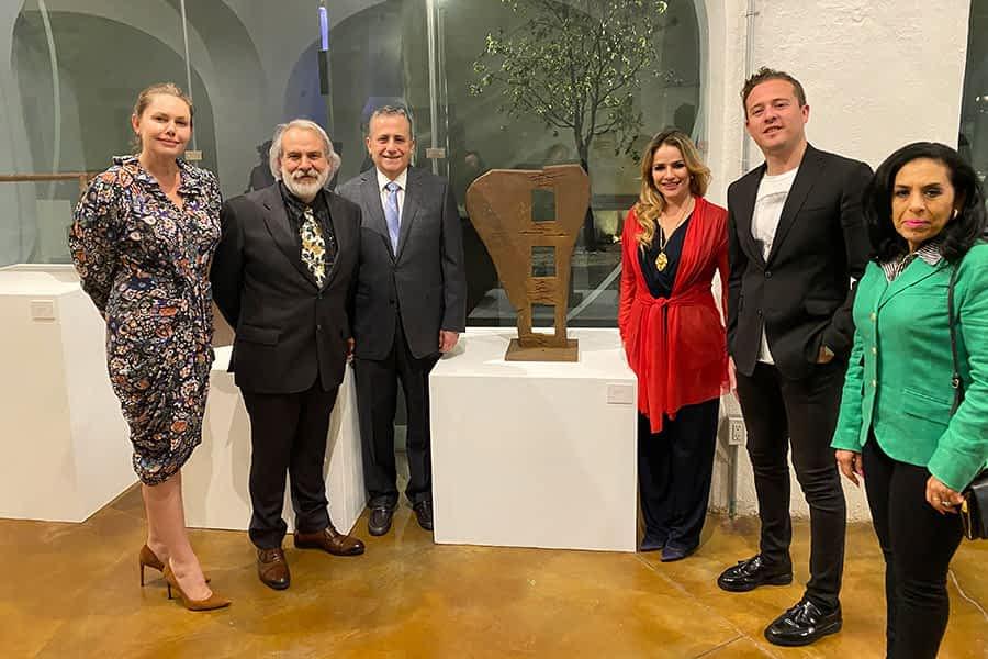 Carlos Ciriza expone sus esculturas en México