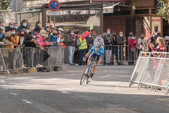 Alejandro Valverde consiguió su triplete en Estella