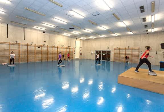 Adaptación y flexibilidad en los polideportivos de Tierra Estella