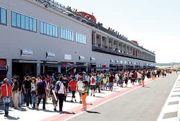 El Circuito de Navarra acogió el Campeonato del Mundo FIA GT1