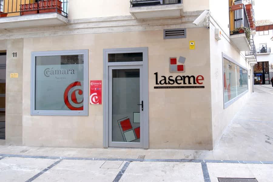 Un convenio entre el Colegio de Abogados de Estella-Lizarra y Laseme facilitará el servicio de mediación
