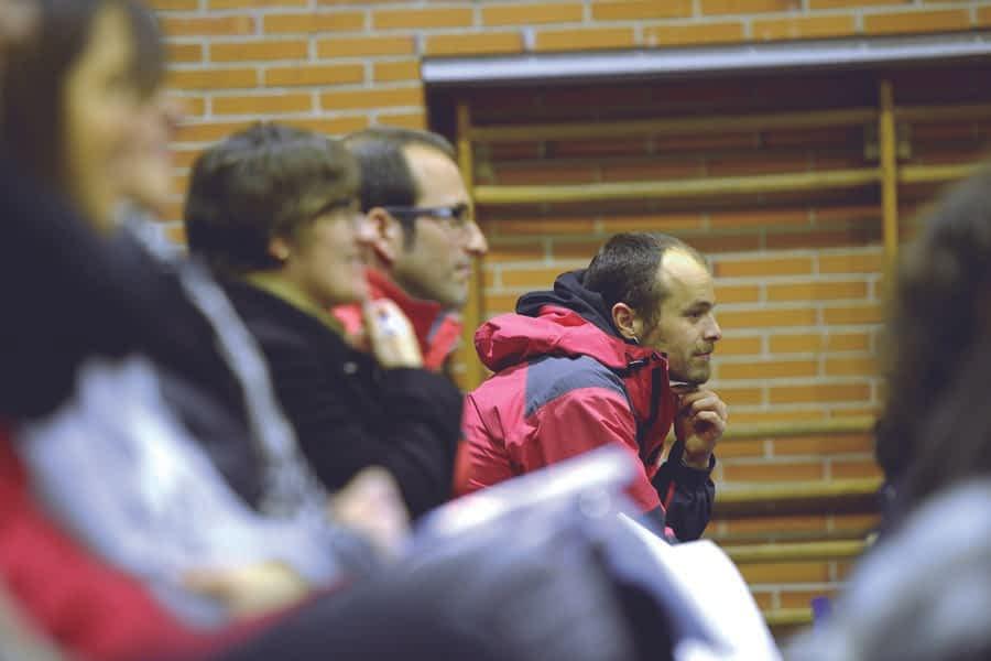 Conferencias formativas sobre educación en Lizarra Ikastola