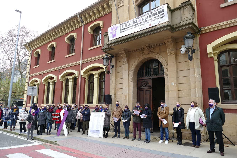 Música, danza y reivindicación en Estella contra la violencia de género