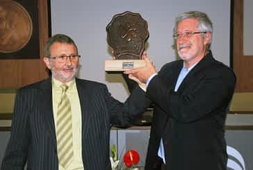 Josu Chueca recogió  el XV premio Manuel Irujo