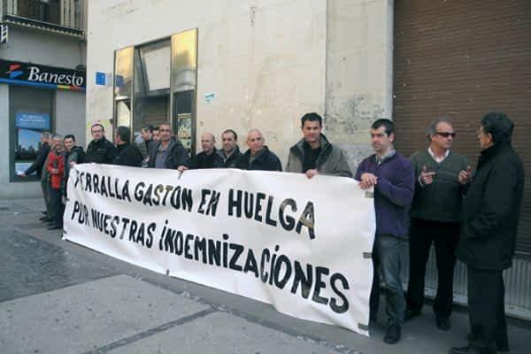 Los quince trabajadores de Ferralla Gastón se declaran en huelga indefinida