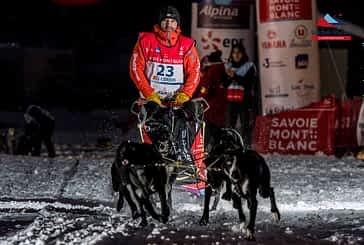 Iker Ozkoidi, del club Breedna Mushing, lucha por el triunfo en La Grande Odyssée Savoie Mont Blanc