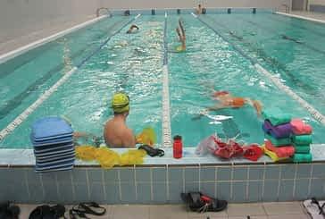 24 horas de natación, 63 kilómetros, 90 personas