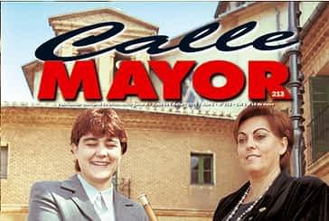 CALLE MAYOR 213 - DOS MUJERES EN EL TRADICIONAL INTERCAMBIO DE VARAS ENTRE ESTELLA Y VILLATUERTA
