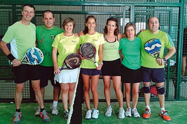 El equipo verde gana el III Torneo Arcoíris de Pádel