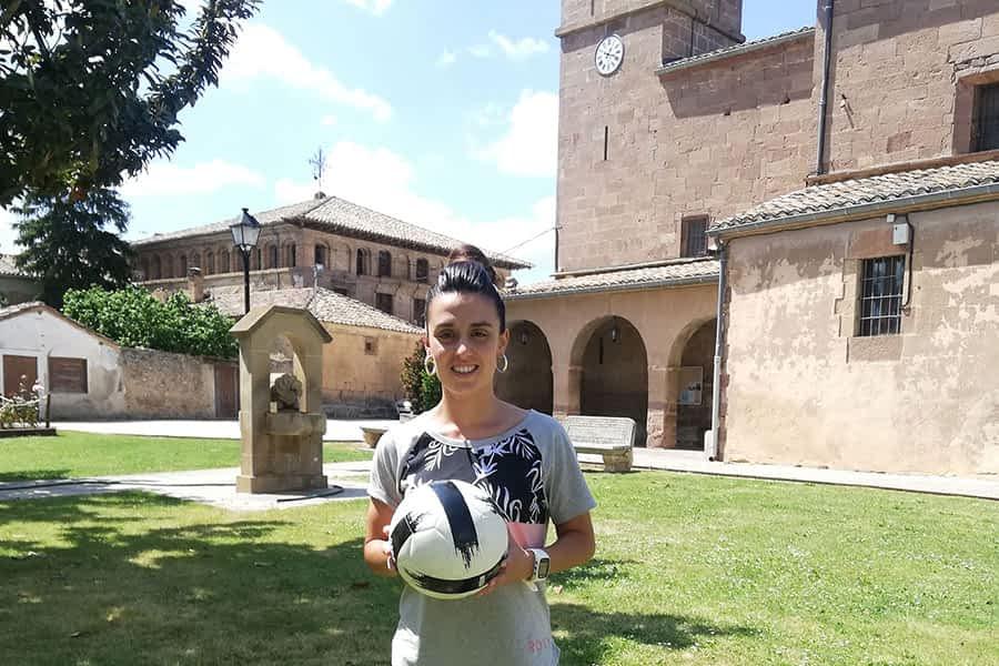 """ENTREVISTA – Lidia Alén, futbolista – """"El adiós ha sido totalmente inesperado, pero hay que respetar todas las decisiones"""""""