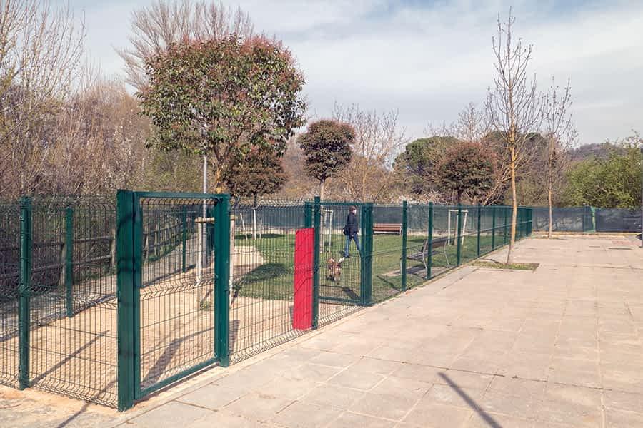 Nueva zona de esparcimiento canino en Navarro Villoslada