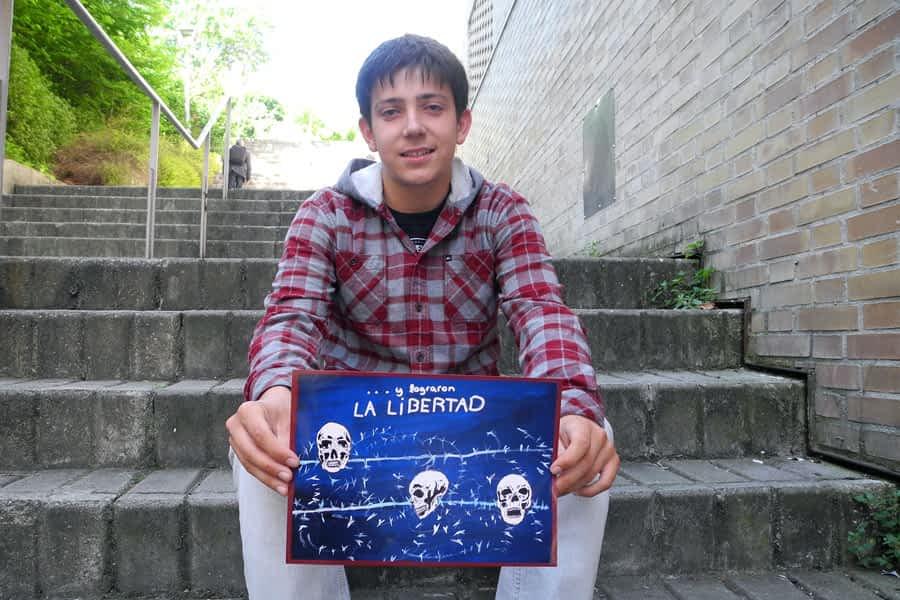 Julen Aramendía, premio de dibujo sobre Derechos Humanos