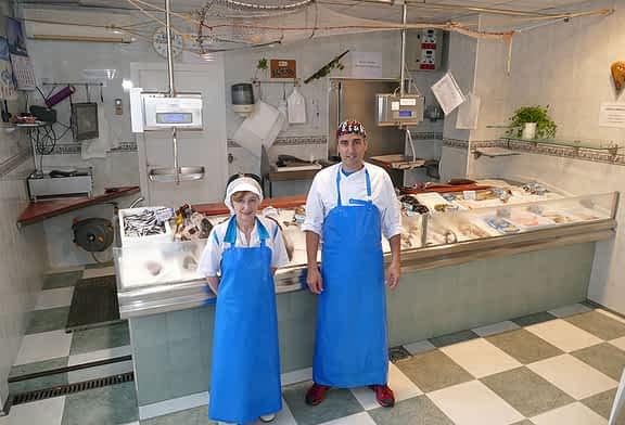 Pescadería Galicia en Estella cambia de manos aunando experiencia y calidad de producto