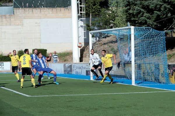 El Izarra se despide del ascenso a Segunda B tras perder en Merkatondoa ante el Orihuela