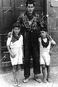 10. Manolo Jordana, Pedro Jordana y Joaquín Jordana.