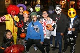 Halloween Estella