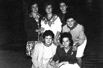 21. 7 de agosto de 1961. Sara, Beni, Asun, Mª Carmen, Angelines y Mª Esther.