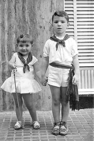 33. 1964. Ana y Jesús Ganuza.