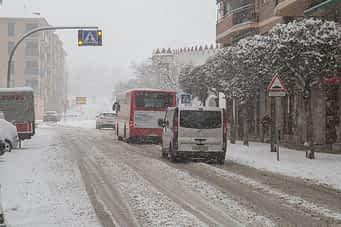 630-5b-la-nieve-paralizo-estella
