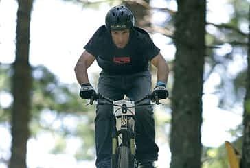 Ancín acoge la tercera edición de saltos en bicicleta Dirt Jump
