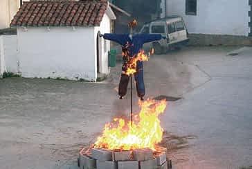 Bearin celebró  la quema de Judas en lunes de Pascua