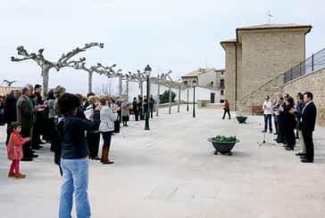 La plaza de Luquin luce una estética renovada