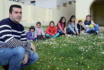 """Antonio Carmona. """"Las escuelas contribuyen a mantener vivos los pueblos"""""""