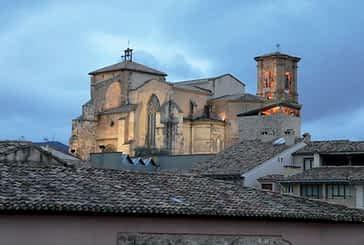San Miguel de Estella y Santa María de Eunate son los templos que atraen más turistas