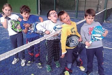 Un torneo de pádel infantil reunió a 40 niños en Ardantze