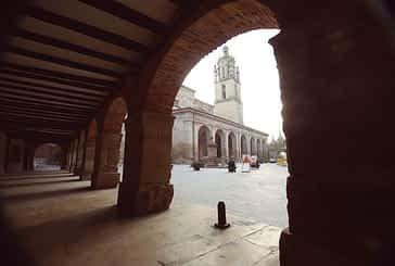 Los Arcos pavimenta varias de sus calles