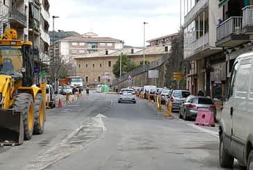 Trabajos de asfaltado en las calles de Estella