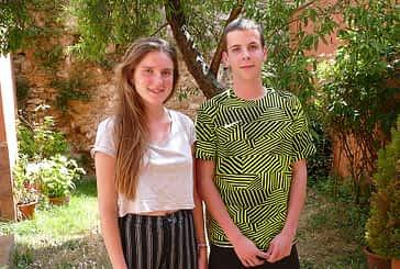"""DE PASO POR ESTELLA - Uma Cladellas y Guillem Castells - """"Es una buena manera de hacer amistades, de conocer diferentes culturas y pueblos"""""""