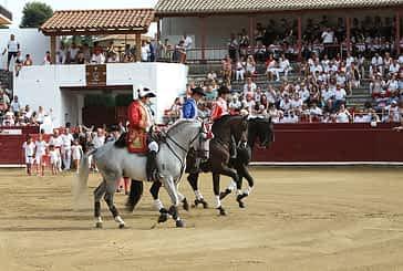 La feria taurina celebrará una corrida de toros, rejones, novillada, espectáculo infantil y recortadores