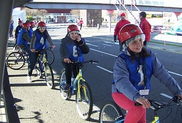 Alumnos de sexto participaron en una jornada de educación vial en Pamplona